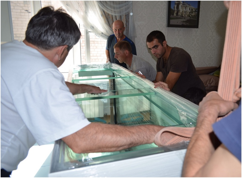 Доставка и установка аквариума
